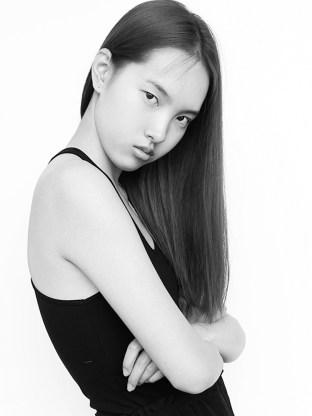 Yuan Bo Chao model photo