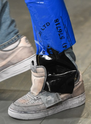 A-Cold-Wall* Spring 2018 Men's Fashion Show Details
