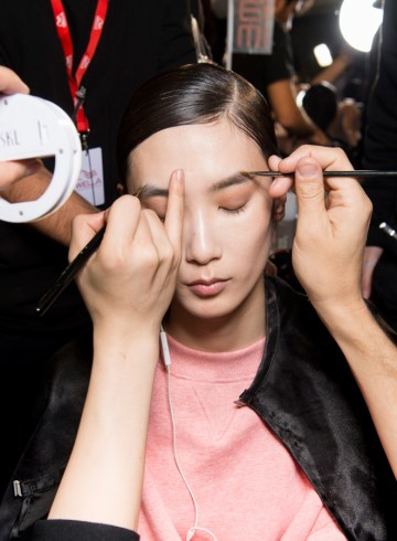 Acne Studios Fall 2017 Fashion Show Backstage Beauty