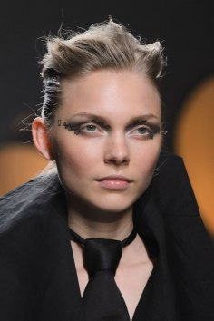 aganovich-spring-2016-runway-beauty-fashion-show-the-impression-01
