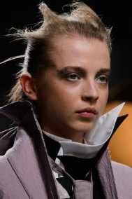 aganovich-spring-2016-runway-beauty-fashion-show-the-impression-08