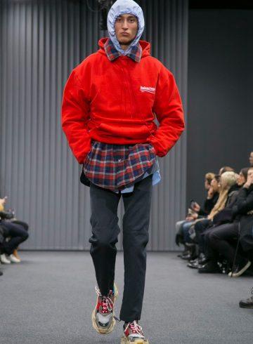 Balenciaga Fall 2017 Menswear Fashion Show