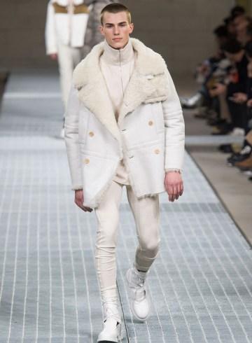 Dirk Bikkembergs Fall 2017 Menswear Fashion Show