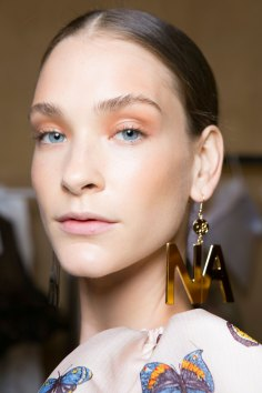 blugirl-spring-2016-beauty-fashion-show-the-impression-13