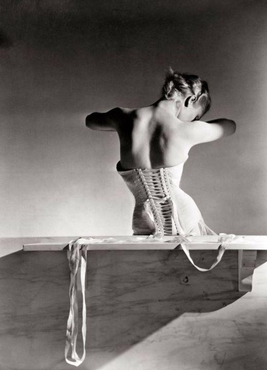 Horst P. Horst. 'Corset by Detolle for Mainbocher' 1939