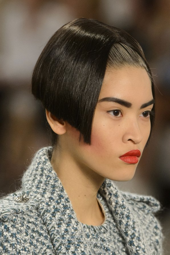 chanel-close-ups-fall-2015-couture-show-the-impression-086
