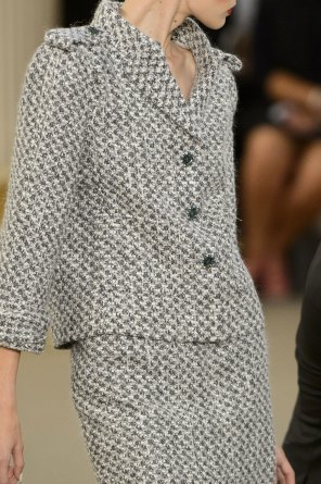 chanel-close-ups-fall-2015-couture-show-the-impression-090