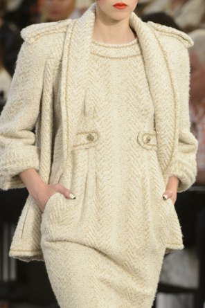 chanel-close-ups-fall-2015-couture-show-the-impression-105
