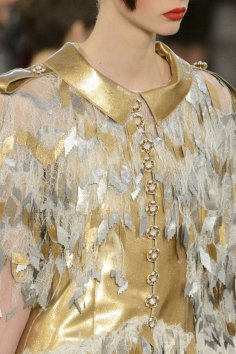 chanel-close-ups-fall-2015-couture-show-the-impression-136