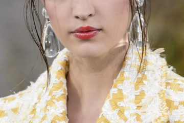 Chanel Spring 2018 Fashion Show Beauty