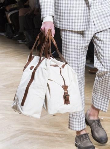 Daks Spring 2018 Men's Fashion Show Details