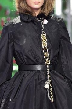 dior-close-ups-fall-2015-couture-the-impression-017