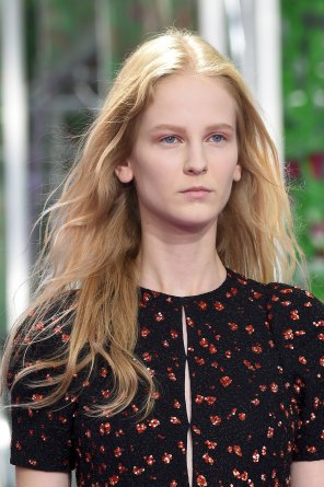 dior-close-ups-fall-2015-couture-the-impression-032