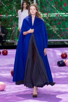 dior-fall-2015-couture-the-impression-010-680x1024