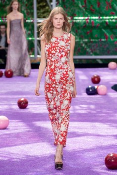 dior-fall-2015-couture-the-impression-047-682x1024