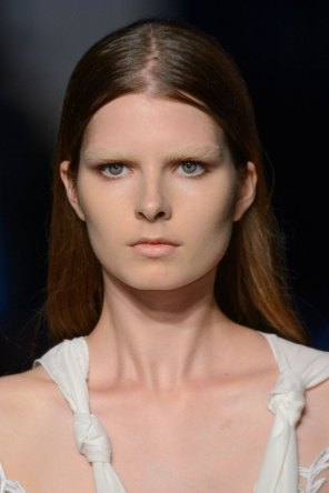 givenchy-runway-beauty-spring-2016-fashion-show-the-impression-02