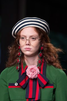 gucci-beauty-spring-2016-fashion-show-the-impression-011