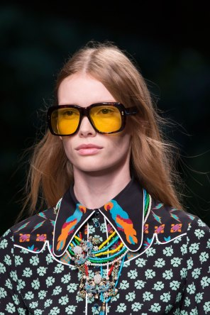 gucci-beauty-spring-2016-fashion-show-the-impression-029