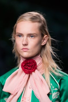 gucci-beauty-spring-2016-fashion-show-the-impression-038