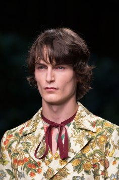gucci-beauty-spring-2016-fashion-show-the-impression-040