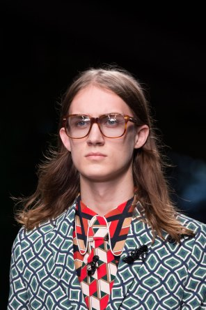 gucci-beauty-spring-2016-fashion-show-the-impression-045