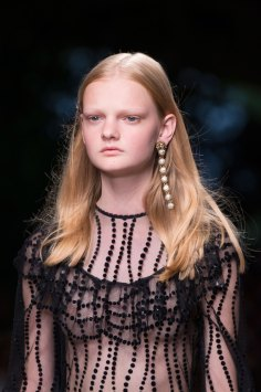 gucci-beauty-spring-2016-fashion-show-the-impression-052