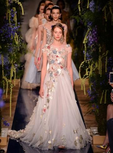 Guo Pei Fall 2017 Couture Fashion Show