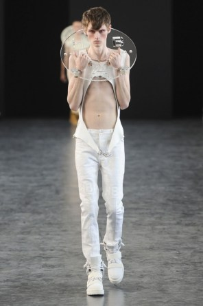 hood-by-air-fashion-show-spring-2015-the-impression-022-681x1024