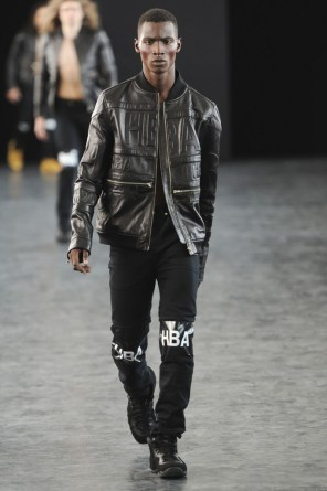 hood-by-air-fashion-show-spring-2015-the-impression-044-681x1024