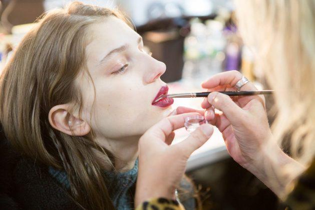 Jill Stuart Fall 2017 Fashion Show Backstage