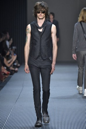 john-varvatos-spring-2016-fashion-show-the-impression-012-682x1024