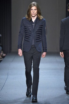 john-varvatos-spring-2016-fashion-show-the-impression-022-682x1024