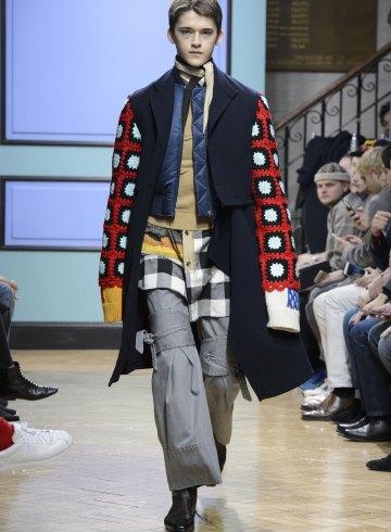 J.W. Anderson Fall 2017 Menswear Fashion Show