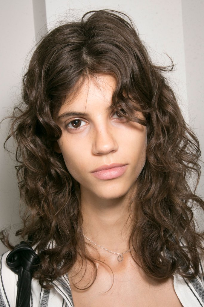 lacoste-backstage-beauty-spring-2016-fashion-show-the-impression-07