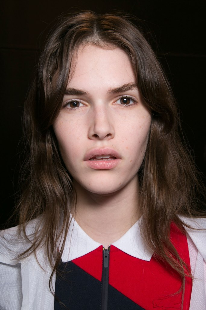 lacoste-backstage-beauty-spring-2016-fashion-show-the-impression-15