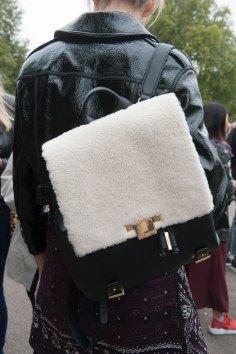 london-fashion-week-day-4-street-style-spring-2016-fashion-show-the-impression-061