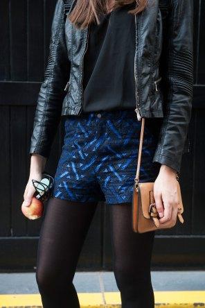 london-fashion-week-street-style-day-2-spring-2016-fashion-show-the-impression-041