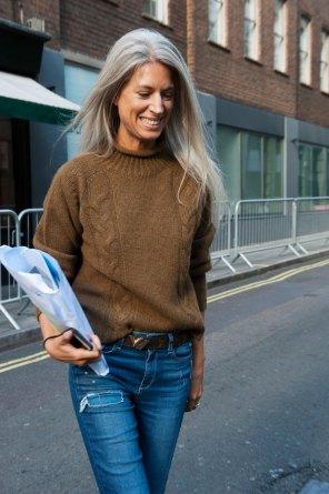 london-fashion-week-street-style-day-2-spring-2016-fashion-show-the-impression-051