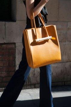 london-fashion-week-street-style-day-2-spring-2016-fashion-show-the-impression-061