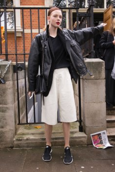 london-fashion-week-street-style-day-5-spring-2016-fashion-show-the-impression-001