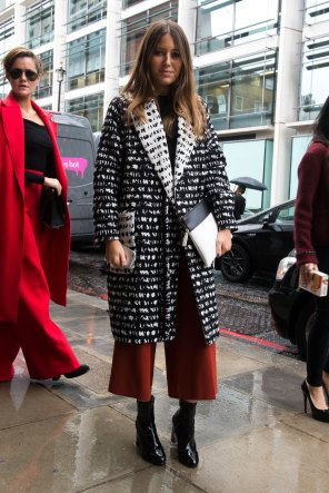 london-fashion-week-street-style-day-5-spring-2016-fashion-show-the-impression-064
