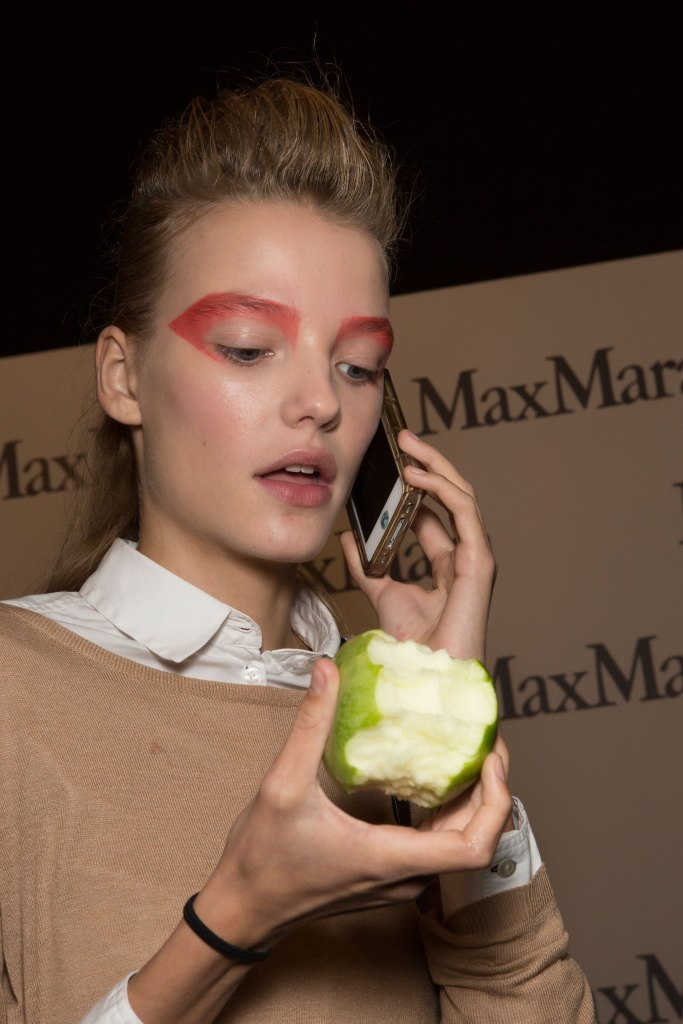 max-mara-spring-2016-beauty-fashion-show-the-impression-38