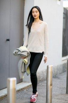 milan-fashion-week-street-style-day-3-september-2015-the-impression-006