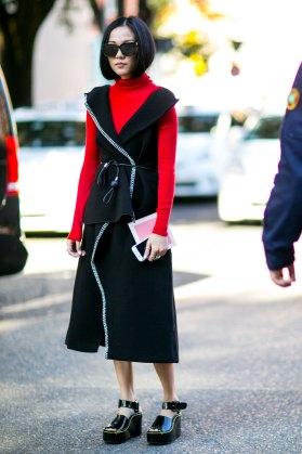 milan-fashion-week-street-style-day-3-september-2015-the-impression-041