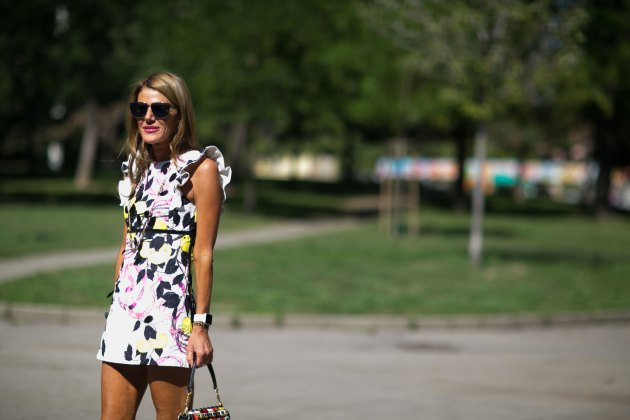 milan-fashion-week-street-style-day-3-september-2015-the-impression-084