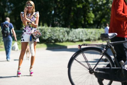 milan-fashion-week-street-style-day-3-september-2015-the-impression-094