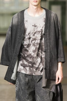 mens spring 2018 art trend white mountaineering close-ups