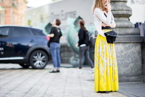 street-style-copenhagen-day-1-the-impression-028