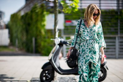 street-style-copenhagen-day-2-the-impression-57
