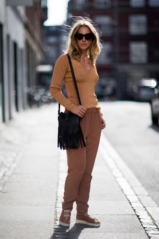 street-style-copenhagen-day-2-the-impression-71